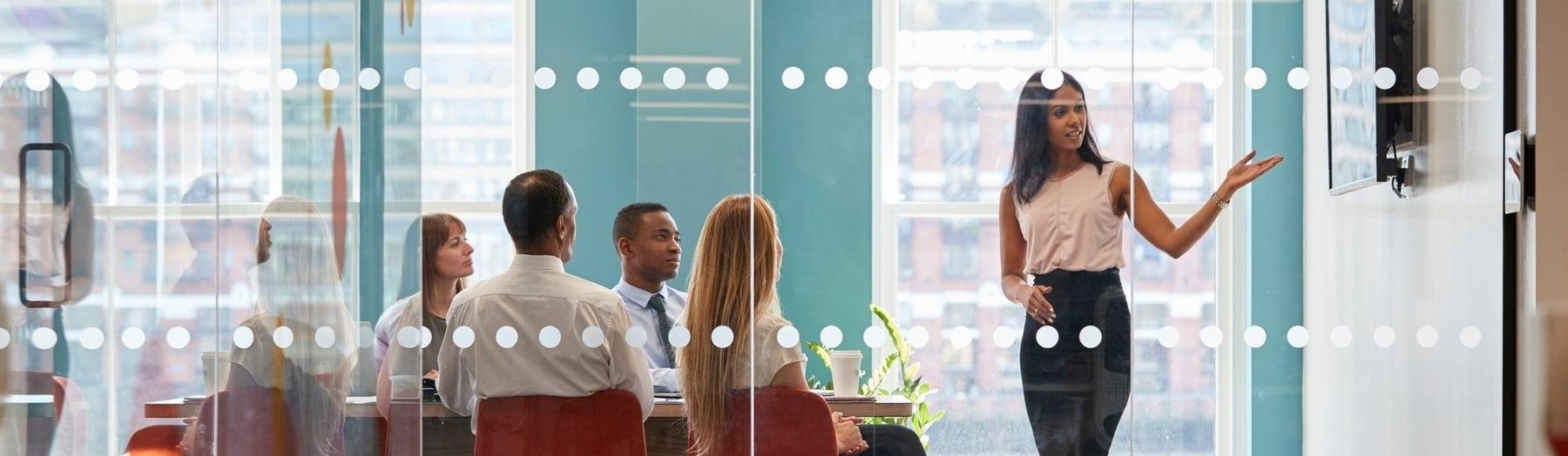 hubspot marketing inbound agencias financieros roi ingresos estados